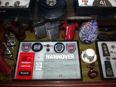 Little reviews fire brigade for Souvenir hannover